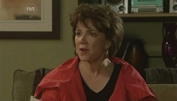 Lyn Scully in Neighbours Episode 5762
