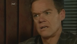 Paul Robinson in Neighbours Episode 5762