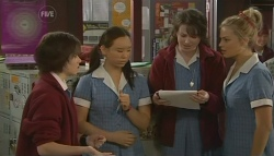 Sunny Lee, Kate Ramsay, Donna Freedman in Neighbours Episode 5763