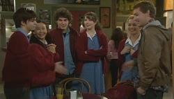 Zeke Kinski, Sunny Lee, Harry Ramsay, Kate Ramsay, Donna Freedman, James Linden in Neighbours Episode 5767