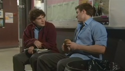 Harry Ramsay, Kyle Canning in Neighbours Episode 5767
