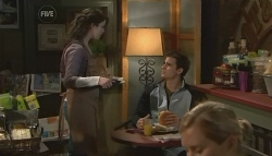 Kate Ramsay, Kyle Canning in Neighbours Episode 5767
