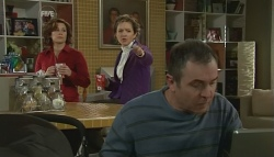 Rebecca Napier, Susan Kennedy, Karl Kennedy in Neighbours Episode 5768