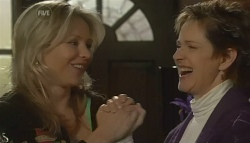 Steph Scully, Susan Kennedy in Neighbours Episode 5768