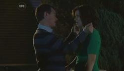 Paul Robinson, Rebecca Napier in Neighbours Episode 5769