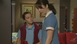Sophie Ramsay, Kate Ramsay in Neighbours Episode 5771