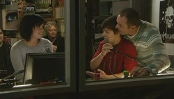 Lily Allen, Zeke Kinski, Karl Kennedy in Neighbours Episode 5772