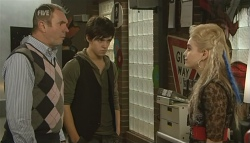 Karl Kennedy, Zeke Kinski, Melissa Evans in Neighbours Episode 5773