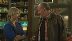 Steph Scully, 'Hot' Rod Falzon in Neighbours Episode 5773