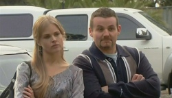 Elle Robinson, Toadie Rebecchi in Neighbours Episode 5773