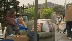 Libby Kennedy, Steph Scully, Ben Kirk, Toadie Rebecchi in Neighbours Episode 5774