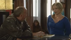 'Hot' Rod Falzon, Steph Scully in Neighbours Episode 5774