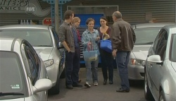Lucas Fitzgerald, Steph Scully, Susan Kennedy, Libby Kennedy, 'Hot' Rod Falzon in Neighbours Episode 5774