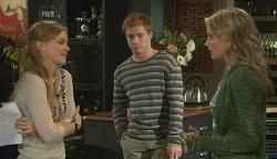 Elle Robinson, Ringo Brown, Donna Freedman in Neighbours Episode 5775