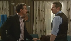 Paul Robinson, Toadie Rebecchi in Neighbours Episode 5776