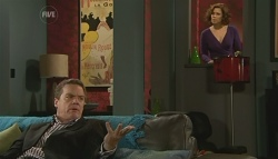 Paul Robinson, Rebecca Napier in Neighbours Episode 5776