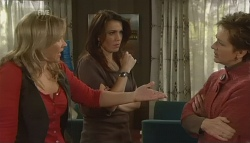 Steph Scully, Libby Kennedy, Susan Kennedy in Neighbours Episode 5779