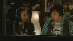 Sunny Lee, Zeke Kinski in Neighbours Episode 5779