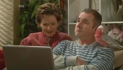 Susan Kennedy, Karl Kennedy, Dahl in Neighbours Episode 5779