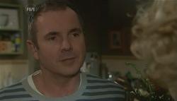 Karl Kennedy, Robin Hester in Neighbours Episode 5779