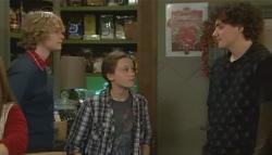 Robin Hester, Sophie Ramsay, Harry Ramsay in Neighbours Episode 5780