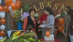 Lyn Scully, Kate Ramsay in Neighbours Episode 5781