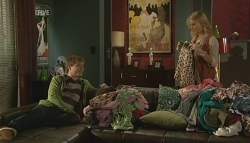 Ringo Brown, Donna Freedman in Neighbours Episode 5781