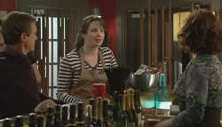Paul Robinson, Kate Ramsay, Rebecca Napier in Neighbours Episode 5781