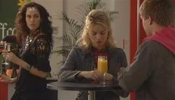 Saffron Jankievicz, Donna Freedman, Ringo Brown in Neighbours Episode 5782