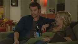Lucas Fitzgerald, Steph Scully in Neighbours Episode 5782