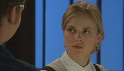 Lucas Fitzgerald, Elle Robinson in Neighbours Episode 5782