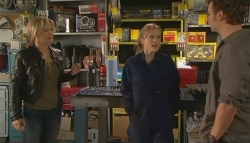 Steph Scully, Elle Robinson, Lucas Fitzgerald in Neighbours Episode 5783