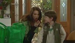 Libby Kennedy, Ben Kirk in Neighbours Episode 5784