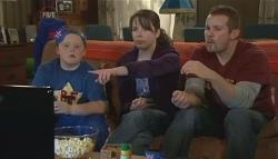 Callum Jones, Kate Ramsay, Toadie Rebecchi in Neighbours Episode 5784
