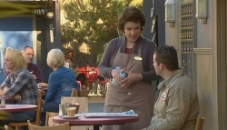 Lyn Scully, Toadie Rebecchi in Neighbours Episode 5787