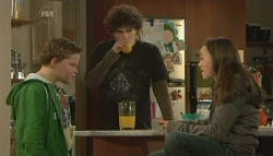 Callum Jones, Harry Ramsay, Sophie Ramsay in Neighbours Episode 5790