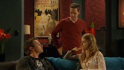 Lucas Fitzgerald, Paul Robinson, Elle Robinson in Neighbours Episode 5805