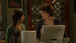 Jumilla Chandra, Lyn Scully in Neighbours Episode 5806