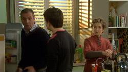 Karl Kennedy, Zeke Kinski, Susan Kennedy in Neighbours Episode 5808