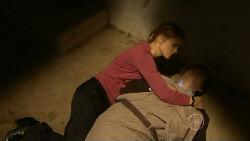 Elle Robinson, Josh Burns in Neighbours Episode 5808