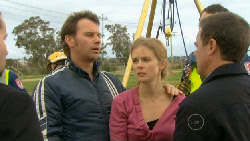 Lucas Fitzgerald, Elle Robinson, Paul Robinson in Neighbours Episode 5809