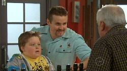 Callum Jones, Toadie Rebecchi, Lou Carpenter in Neighbours Episode 5810
