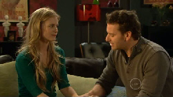 Elle Robinson, Lucas Fitzgerald in Neighbours Episode 5810