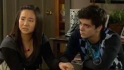Sunny Lee, Zeke Kinski in Neighbours Episode 5814