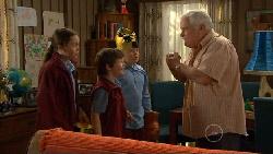 Sophie Ramsay, Ben Kirk, Callum Jones, Lou Carpenter in Neighbours Episode 5814