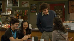Zeke Kinski, Sunny Lee, Harry Ramsay, Kate Ramsay in Neighbours Episode 5814
