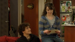 Harry Ramsay, Kate Ramsay in Neighbours Episode 5815