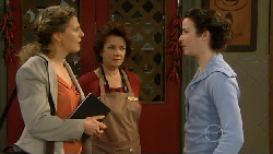 Lyn Scully, Kate Ramsay in Neighbours Episode 5816