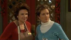 Lyn Scully, Susan Kennedy in Neighbours Episode 5816