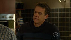 Paul Robinson in Neighbours Episode 5817